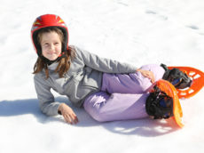 Skate and snowshoe on Ile-Perrot
