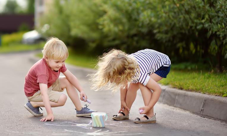Fun sidewalk games for kids