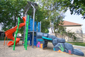 Kids can spin and climb